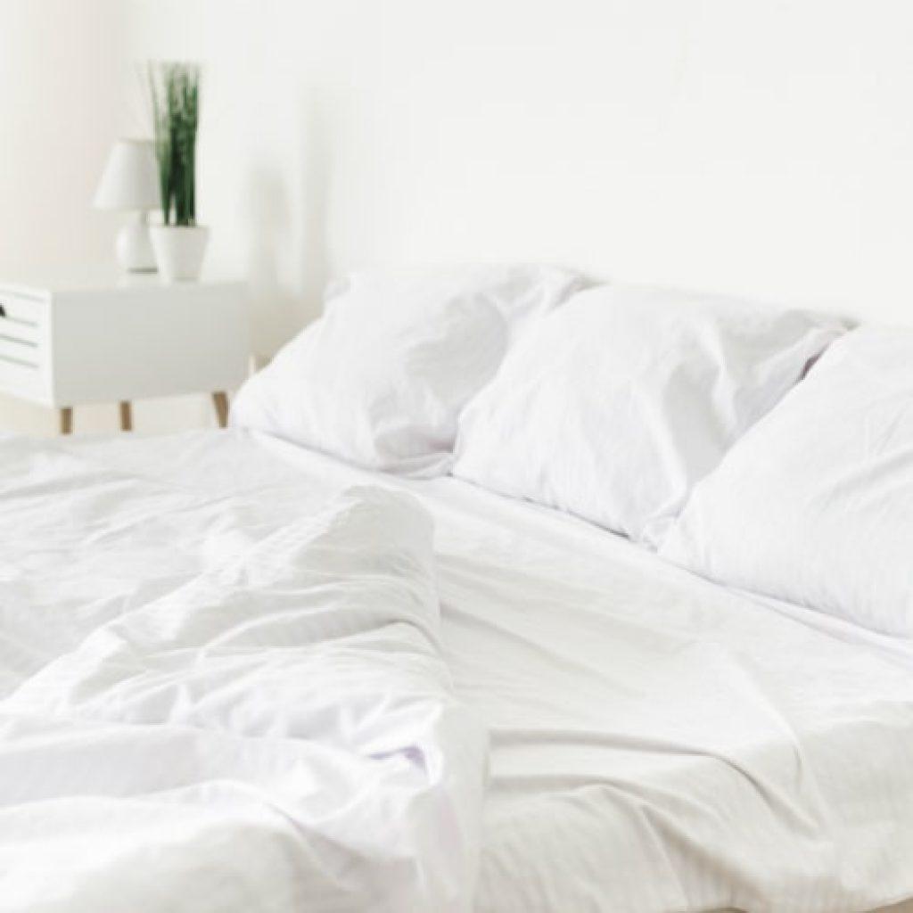 modern white bed set