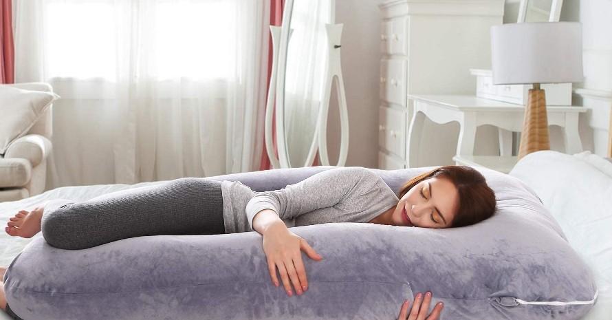 Pregnancy-Pillow-for-Shoulder-Pain