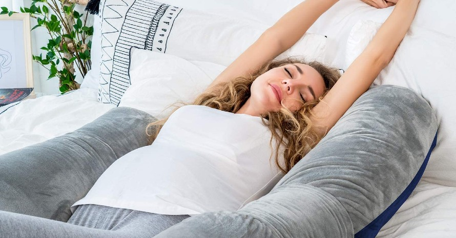 a-Pregnancy-Pillow-for-Hip-Pain