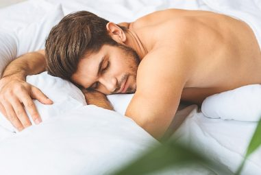 Benefits of Sleeping Naked to Improve Your Health and Well-Being